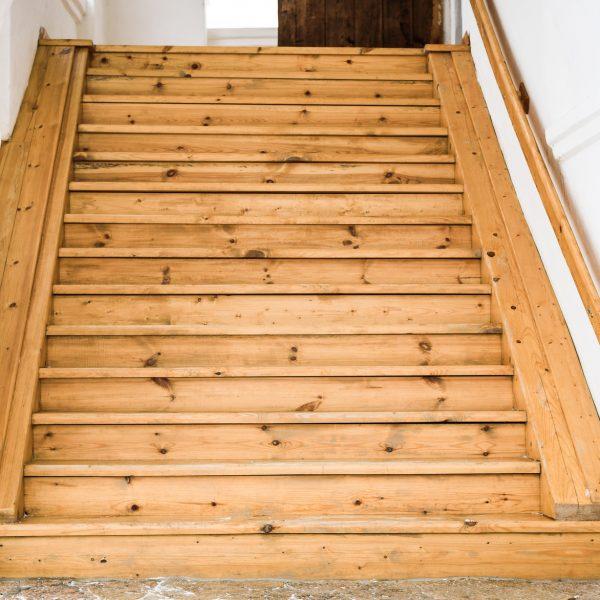 Treppe restauriert